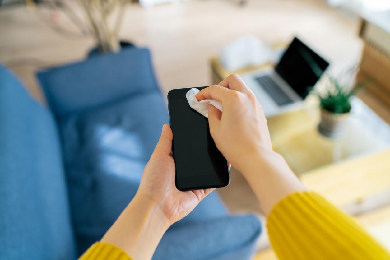 Comment désinfecter votre mobile en toute simplicité
